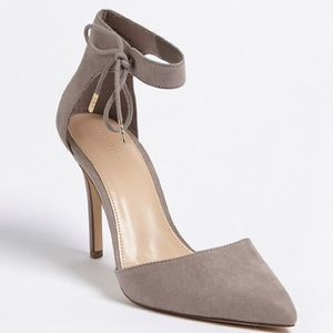 Forever 21 Faux Suede Ankle-Strap Heels Size 9